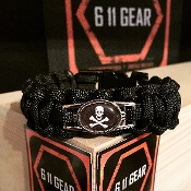 Skull & Cross Bones oval tag - Black Paracord Bracelet