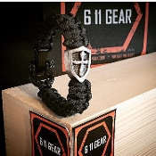 The Crusader Shield- Pewter 550 Paracord Bracelet